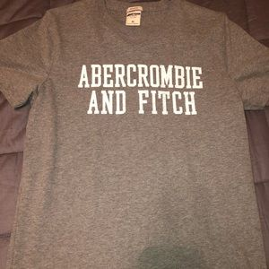 Men's Abercrombie & Fitch T-Shirt Size Medium